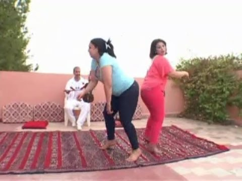 Chaabi Marocain 2014 - mbarek el meskini 2014 - رقص الشيخات خطير